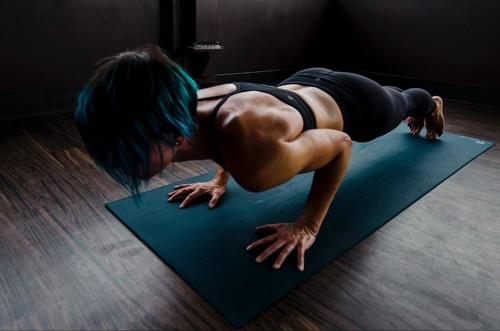 Тренировки и упражнения для женщин и девушек