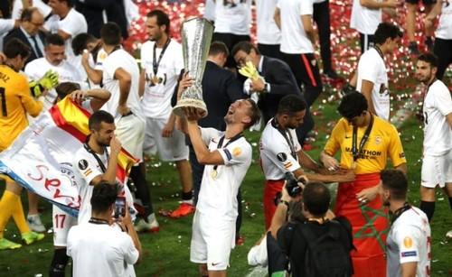 Форвард Севильи - лучший игрок финальной недели Лиги Европы