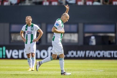 Роббен провів перший матч після повернення в футбол