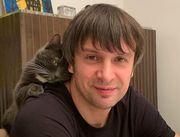 ФОТО. Зарядка з котом і папугою. День Шовковського під час карантину