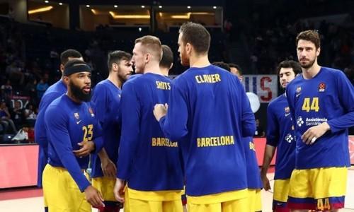В Барселоне планируют урезать зарплаты в связи с коронавирусом