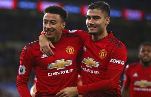 Манчестер Юнайтед готов попрощаться с Лингардом и Перейрой