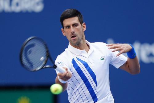 ВИДЕО. Попал мячом в линейную. Джокович дисквалифицирован с US Open