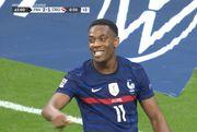 ВИДЕО. Гризманн и Марсьяль двойным ударом вывели Францию вперед