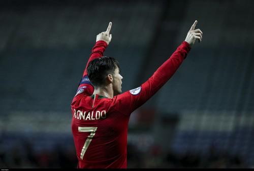Швеция – Португалия – 0:2. Дубль Роналду: две девятки. Видео голов и обзор