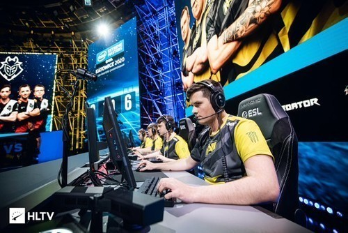 NAVI пригласили на DreamHack Masters Winter
