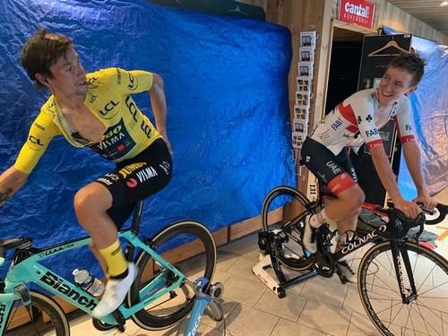 Тур де Франс. Победа Дани Мартинеса, проблемы Берналя