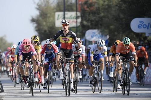Тиррено-Адриатико. Мерлир выиграл шестой этап