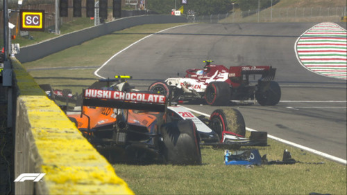 ВИДЕО. Полный хаос. Невероятная авария в гонке Формулы-1