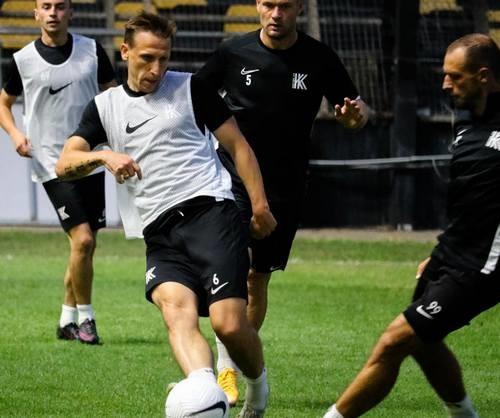 ВИДЕО. Колос провел тренировку на стадионе Ариса