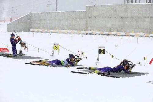 ФОТО. Снега хватает! Украинские биатлонисты проводят сбор в Буковеле