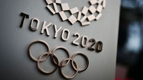 Олімпіада перенесена на рік, в Білорусі продовжать грати з глядачами