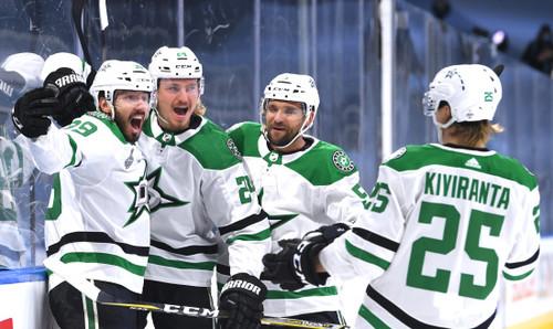 НХЛ. Даллас обыграл Тампу в первом матче битвы за Кубок Стэнли