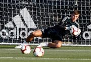 Лунин находится в запасе Реала на матч против Реала Сосьедад