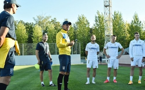 Шевченко оголосив склад України на матчі з Францією, Німеччиною та Іспанією