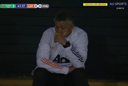 Сульшер справился. Манчестер Юнайтед забил три гола Лутону в Кубке лиги