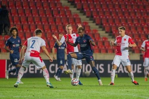 Славия Прага – Мидтьюланд – 0:0. Все решит вторая игра. Видеообзор матча