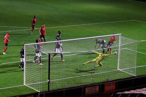 ВІДЕО. Неймовірний сейв Хендерсона, воротаря-дебютанта Манчестер Юнайтед