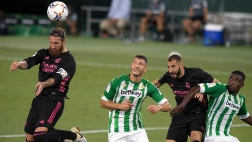 Реал без Лунина с трудом обыграл Бетис