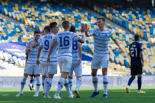 Динамо провело юбилейный сухой матч в УПЛ