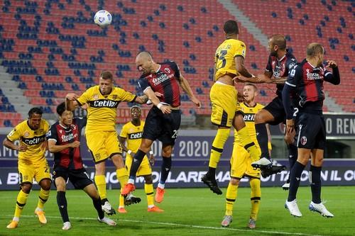Там ждут Супрягу. Болонья забила 4 гола в ворота Пармы