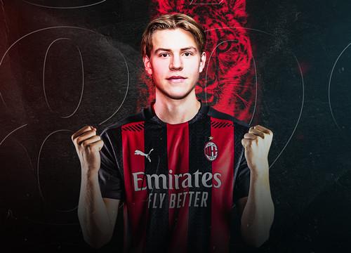 ОФИЦИАЛЬНО: Милан подписал 20-летнего норвежского форварда