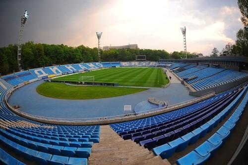 Заседание Верховной Рады хотели провести на стадионе Динамо