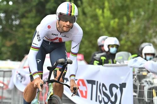 Джиро д'Италия. Ганна выиграл первый этап