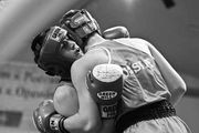 Что собой представляет клинч и для чего он в боксе