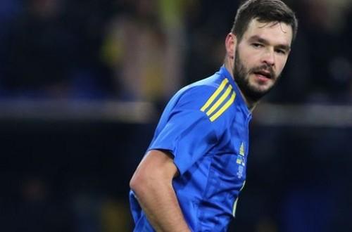 Источник: Шевченко срочно вызывает еще двух игроков, идут переговоры