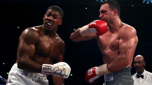 ДЖОШУА – о нокдауне в бою с Кличко: «Буду говорить, что поскользнулся»
