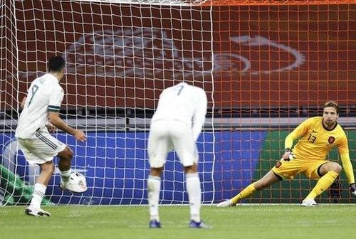 Нідерланди – Мексика – 0:1. Хіменес забив пенальті. Відео голу та огляд гри