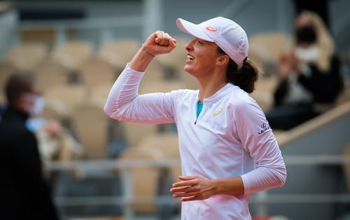19-летняя Ига Свёнтек выиграла Ролан Гаррос
