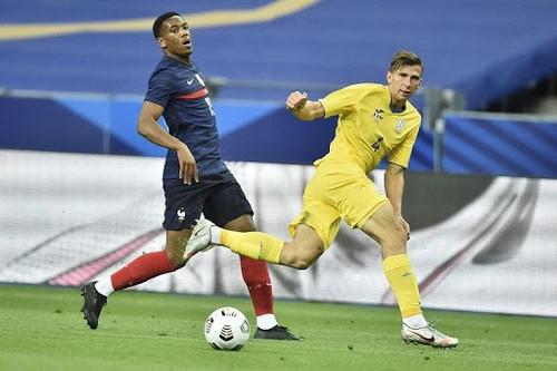 ЗАБАРНЫЙ: «В плане опыта матчи против Франции и Германии мне многое дали»