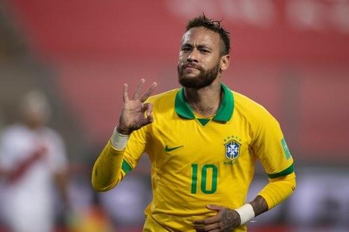 Неймар — Роналдо: «При всем уважении к тебе, Феномен»