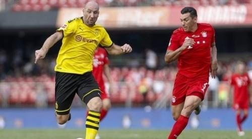 Топ-клубы Бундеслиги собрали деньги для поддержки других команд