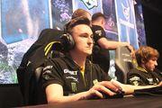 NAVI обыграли Winstrike на ESL One Germany 2020