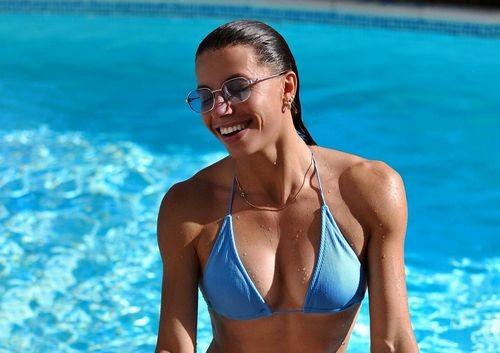 ФОТО. Марина Бех-Романчук показала гарячий знімок в купальнику