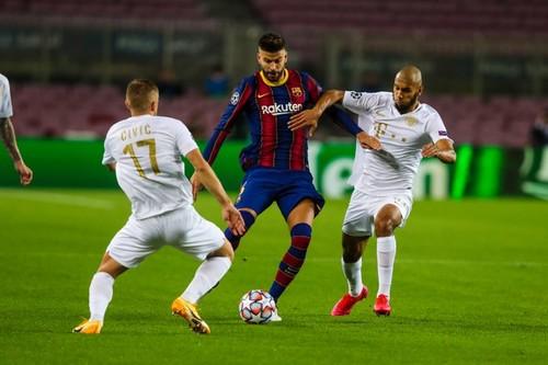 Барселона – Ференцварош – 5:1. Харатін забив, Ребров програв. Відео голів
