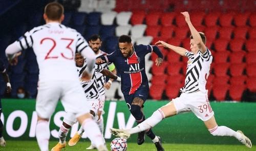 Манчестер Юнайтед в напряженном матче обыграл ПСЖ