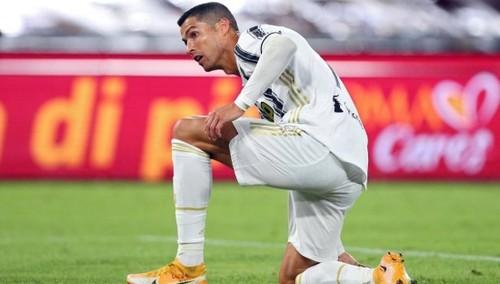 Роналду все еще болен коронавирусом. Матч с Барселоной под вопросом