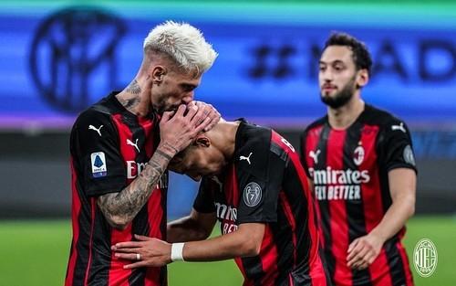 Милан не проигрывает уже 21 матч подряд