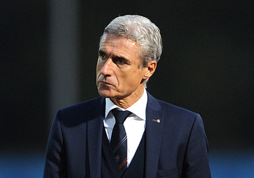 Журналист: поединок с Реалом отсрочил отставку Каштру
