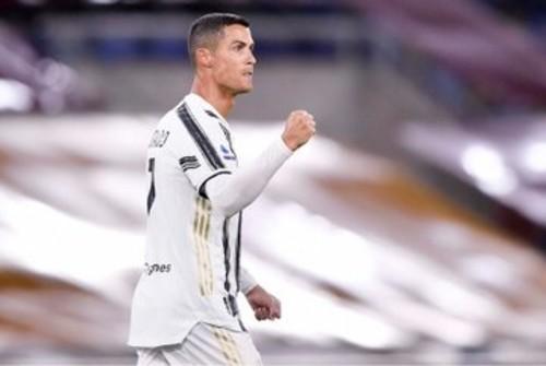 ФОТО. Роналду наслаждается победой Реала над Барселоной