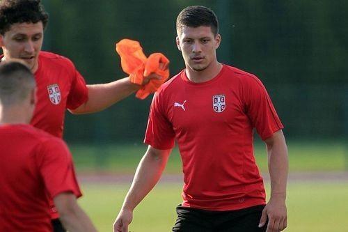 Арсенал и Челси готовы купить Луку Йовича