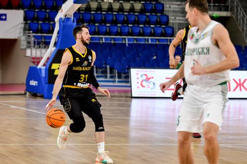 Киев-Баскет разгромил Запорожье в матче лидеров Суперлиги