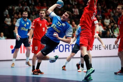 Сборная Украины назвала состав на матчи с Россией в отборе на Евро-2022