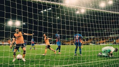 Вулверхэмптон –Кристал Пэлас –2:0. Видео голов и обзор матча
