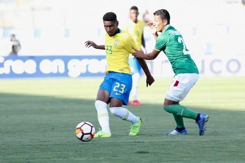 Тете довикликаний в олімпійську збірну Бразилії