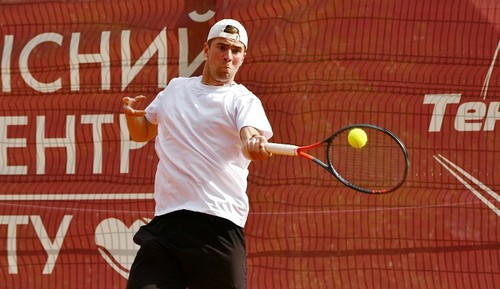 Манафов выиграл парный титул на соревнованиях в Египте